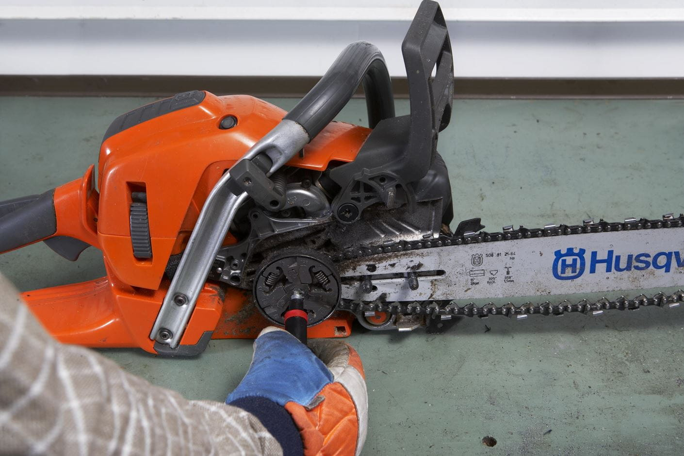 Working with chainsaws part 1