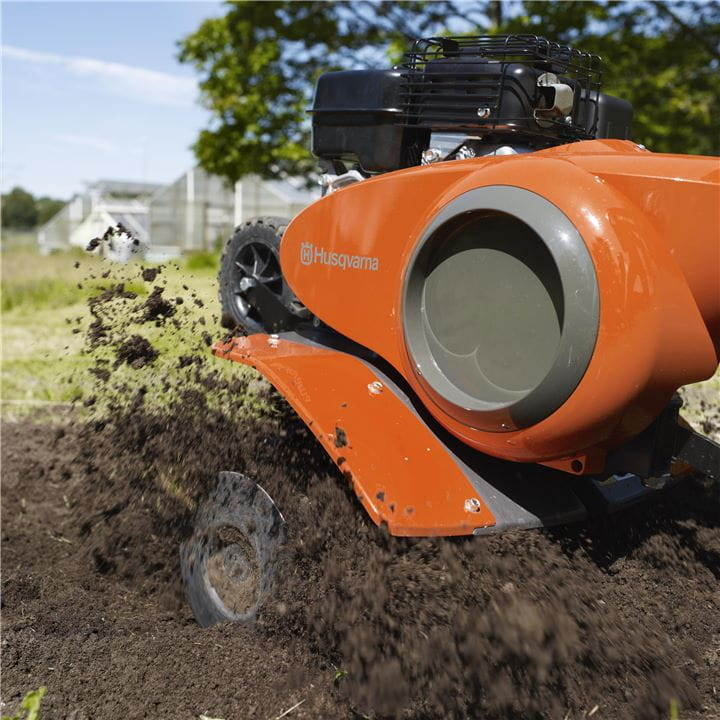 A tiller from Husqvarna is easy to manoeuvre in any weather